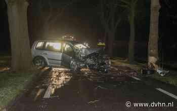 Ravage tussen Frieschepalen en Marum na ongeluk: bestuurder komt met schrik vrij