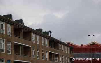 Gespecialiseerde inzet politie in Dierenriemstraat in Groningen: verdachte verstopt zich op zolder