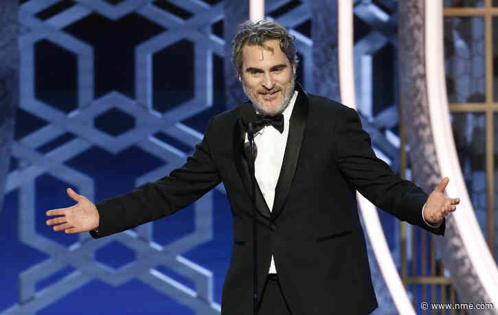 "Joaquin Phoenix to wear same Stella McCartney tuxedo for every awards show this year to ""reduce waste"""