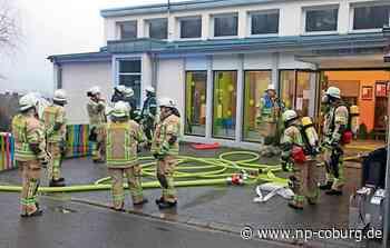 Feuer in Klassenzimmer sorgt für Großeinsatz