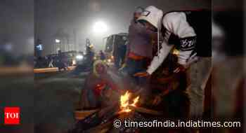 Cold wave persists in north India