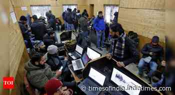 Indefinite Net suspension impermissible, says SC, orders immediate review in J&K