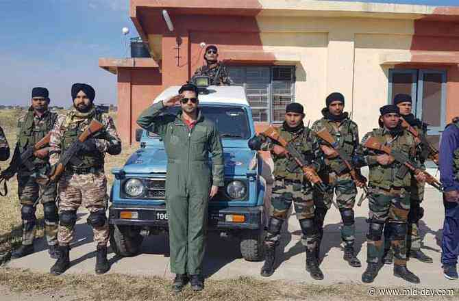 Varun Dhawan channels his inner patriot as he spends time with the Indian Air Force