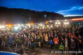 Protest: Leuchtende Traktoren empfangen Söder in Kronach