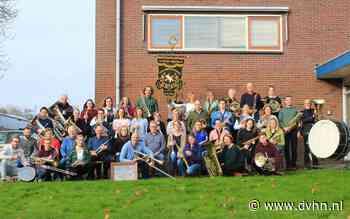 Koninklijke eer voor 100-jarige muziekvereniging De Bazuin uit Winsum