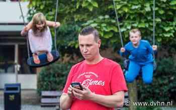 Kinder- en jeugdpsychiater: 'Ouders, leg die telefoon eens weg' (en dit kun jij doen om je kinderen te behoeden voor problemen)