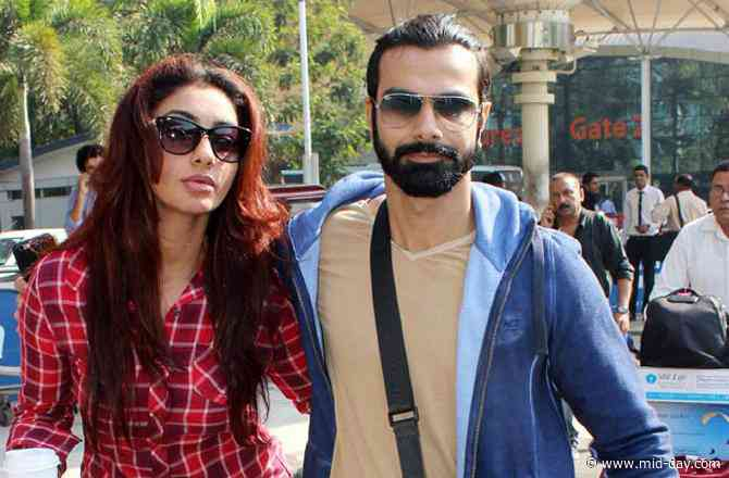 Actors Ashmit Patel and Maheck Chahal call off their engagement; part ways after five years