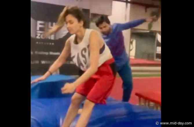 Disha Patani loses her balance while performing front flip; shares video