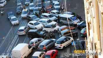 Smog a Roma, prosegue lo stop ai veicoli più inquinanti. Ipotesi Euro 6 e diesel fermi martedì 14 gennaio