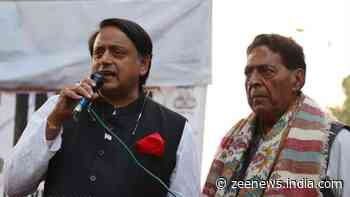 Congress leader Shashi Tharoor joins anti-CAA protest in Shaheen Bagh, Jamia
