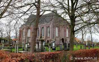 Vrijwilligers moeten uit de buurt van oude kerkhofbomen blijven bij Wildervankster Margaretha Hardenbergkerk