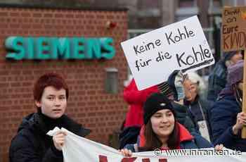 Erlangen: Siemens - Fridays for Future protestiert in Erlangen gegen Adani-Deal