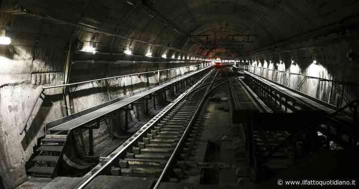 Milano, travolto da detriti nel cantiere della M4: in pericolo di vita operaio di 42 anni