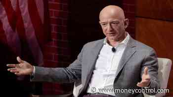 Ahead of Jeff Bezos visit, India antitrust chief says e-commerce firms shouldn#39;t offer heavy discounts
