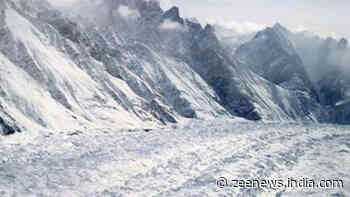 Five soldiers among 10 killed due to avalanches in different parts of Kashmir