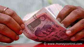 Rupee pares early gains, settles 1 paise lower at 70.87 against US dollar
