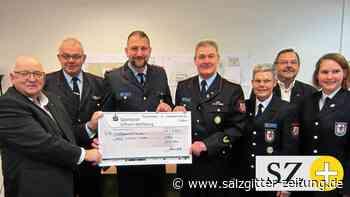 Die Feuerwehr spendet 5.500 Euro für den Hospiz-Bau