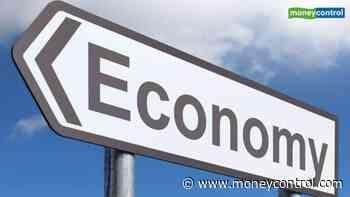 Govt needs to pump economy to arrest slowdown: Ficci