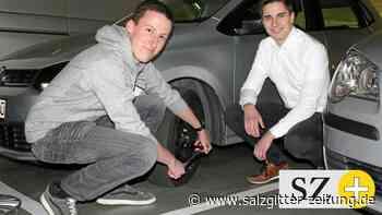Ostfalia-Studenten mit großer Begeisterung für Technik am Auto