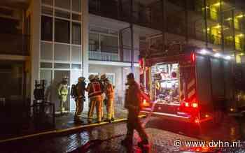 Bewoners flat Hoogeveen geëvacueerd na brand in kelderbox