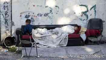 Campi rom, a tre anni dal piano Raggi crolla la scolarizzazione: meno 56% di bimbi iscritti