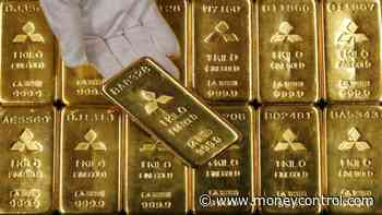 Gold snaps 5-day losing streak, up Rs 193 at Rs 39,813 per 10 gram