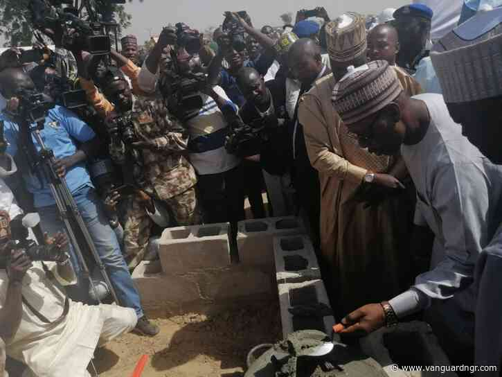 Zulum lays foundation for construction of 500 houses in Maiduguri