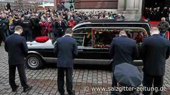 Trauerfall: So lief die Trauerfeier für Jan Fedder in Hamburg ab