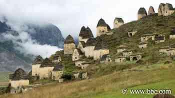 Where medieval bodies still have flesh