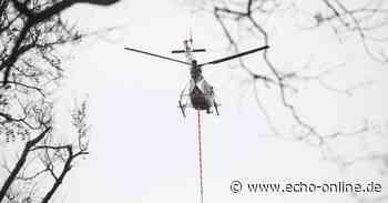 Helikopter mit Motorsäge über Darmstadt
