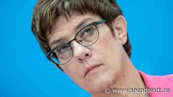 Bundesregierung: Kramp-Karrenbauer bekennt sich eindeutig zur NATO