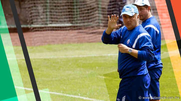 ¿Cuánto dinero gastó Guillermo Vázquez en Cruz Azul?