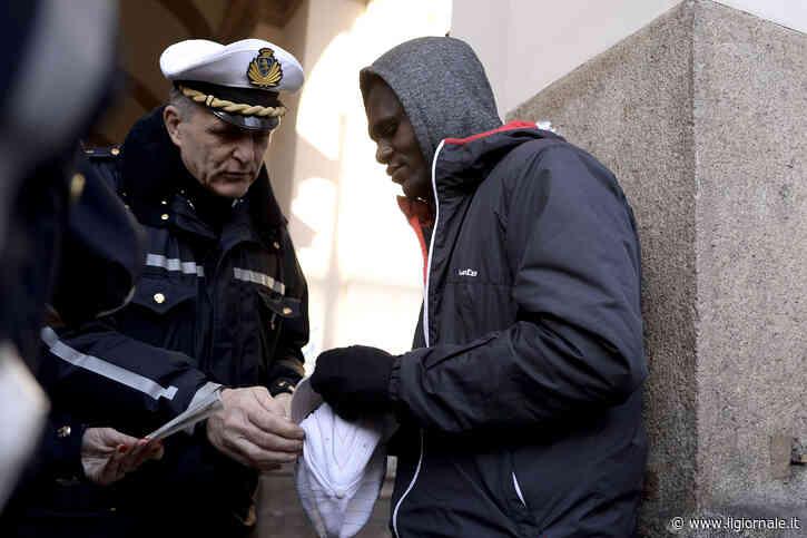 L'ultima truffa sui migranti: abolire i rimpatri per legge