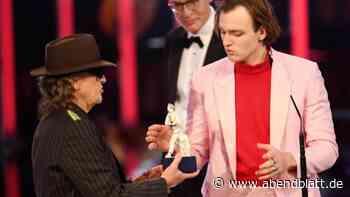 Auszeichnungen: Preis und Küsschen für Lindenberg-Darsteller