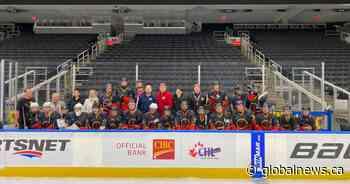 Australian hockey team tries to keep warm as it wraps up Edmonton tour