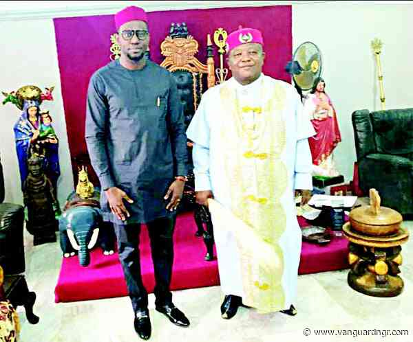 Film maker, Odera Ozoka  mingles with Auguleri monarch