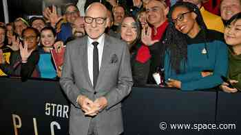 'Star Trek: Picard' world premiere draws huge crowds and sci-fi stars