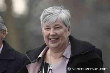 New fisheries minister visits B.C. slide site, says it's her 'top priority'