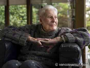 Beloved B.C. artist Gordon Smith dies at home in West Vancouver