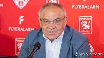 Ex-Trainer nur noch Funktionär: Felix Magath arbeitet jetzt als Fußballboss