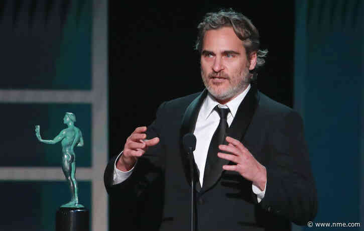 Joaquin Phoenix pays tribute to Heath Ledger in SAG Awards speech