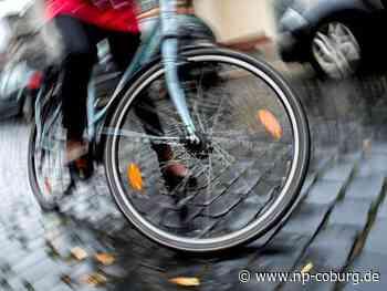 Coburg: Radler fährt Fußgänger an und flüchtet