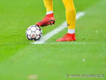 Spieler schlägt Gegner auf Fußballplatz - fast 10.000 Euro Strafe