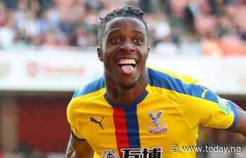 Wilfried Zaha to stay at Crystal Palace this season