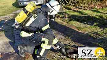 Feuerwehr rückt zum Küchenbrand in Groß Oesingen aus