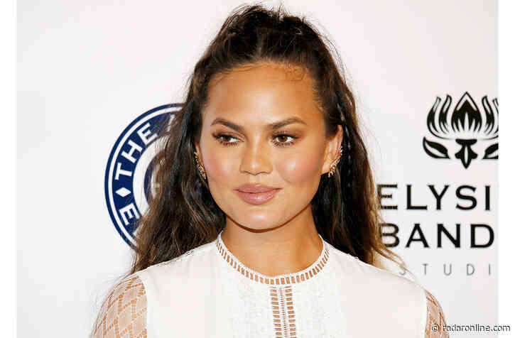 Chrissy Teigen Says 'Nothing Else Compares' To These Gift-Worthy Blankets