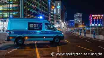 Weiträumige Absperrungen: Weltkriegsbomben in Berlin und Köln entschärft