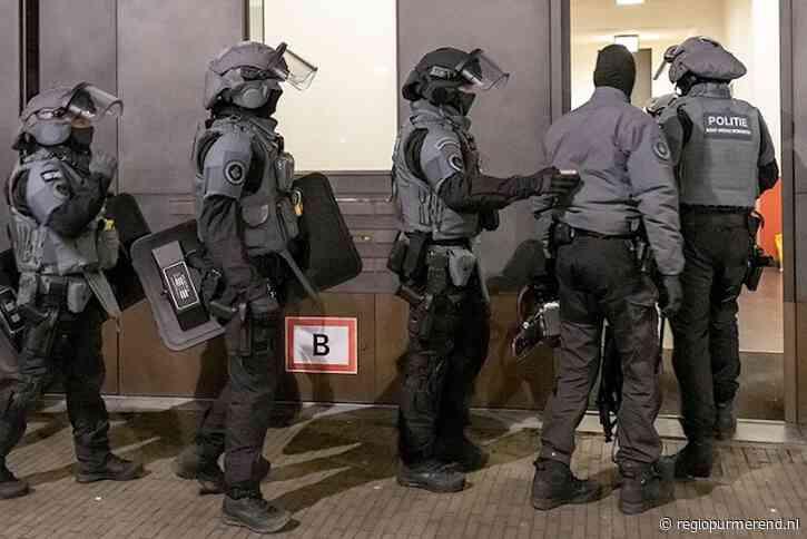 Ontvoerde vrouw en kinderen door politie bevrijd. Purmerender aangehouden.