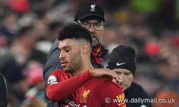 Jurgen Klopp downplays Alex Oxlade-Chamberlain's furious reaction to being substituted v Man United