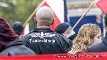 "Neonazis  : ""Combat 18"": Seehofer verbietet konspirative Neonazi-Gruppe"